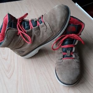 North Face lightweight winter boots